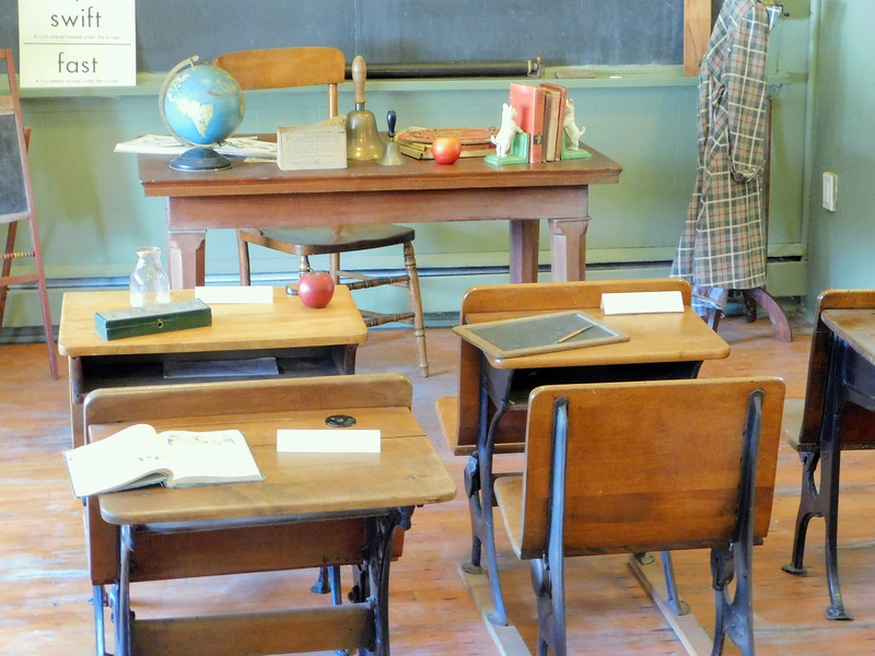 BOB FINNAN / GAZETTE Antique desks are displayed in the three-room Weymouth School in Medina Township.     ]