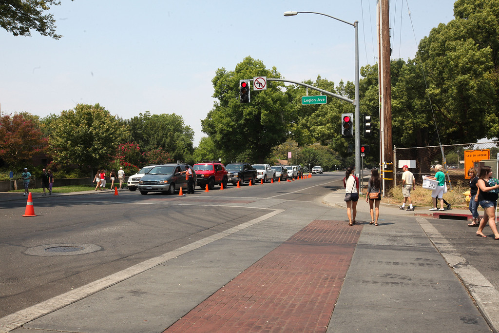 . Traffic backs up on Warner Ave. waiting to get access to Legion Ave. to drop off belongings for freshman to take to their new dorm rooms at Chico State on Tuesday, August 20, 2013. (Frank Rebelo/Staff Photo)