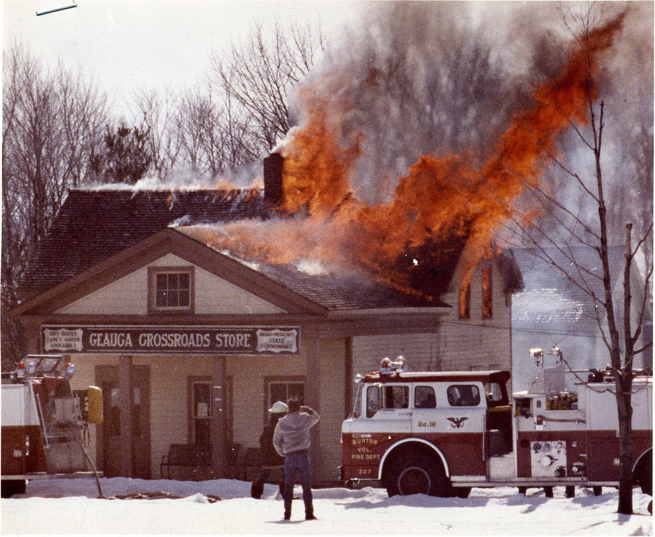 . The February 1987 fire destroyed the Geauga Crosswoads Store in Century Village. (Submitted by Lee Seliga)