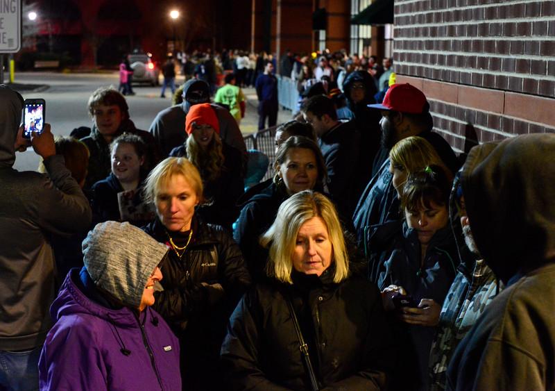 KRISTOPHER RADDER - BRATTLEBORO REFORMER<br /> Several hundred people wait in line moments before the Target, in Keene, N.H., opened their door.