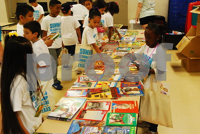 junior-league-of-tyler-inspire-kids-to-read-with-summer-reading-camp
