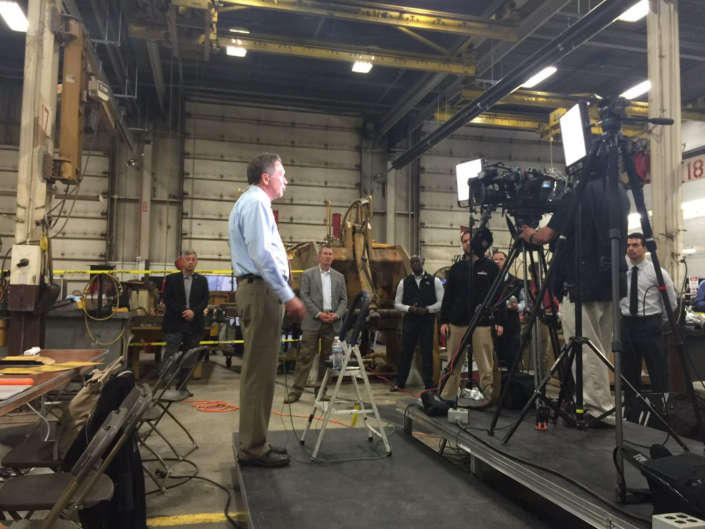 Ohio Gov. John Kasich is interviewed by CNN during an appearance at Ohio CAT in Broadview Heights.  BRUCE BISHOP/GAZETTE