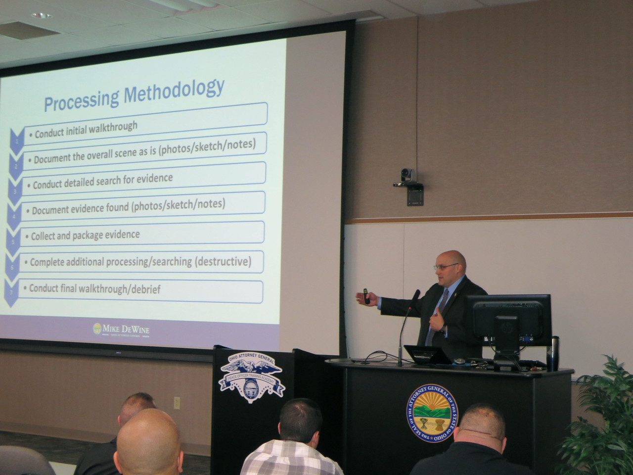 "HALEE HEIRONIMUS / GAZETTE Special Agent Dan Boerner from the BCI- Crime Scene Unit gives a presentation on ""Preserving the Evidence"" during the Opiate Overdose Death Investigations Seminar Thursday morning."