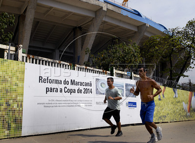 Partial view of Maracana stadium under refurbishment works as part of the preparation for the 2014 FIFA World Cup,  Rio de Janeiro, Brazil, August 20, 2011. The works at the stadium were interrupted Wednesday after a worker was injured in a labour accident. due an accident yesterday where one workers was hunded on the leg after a explosion. (Austral Foto/Renzo Gostoli)