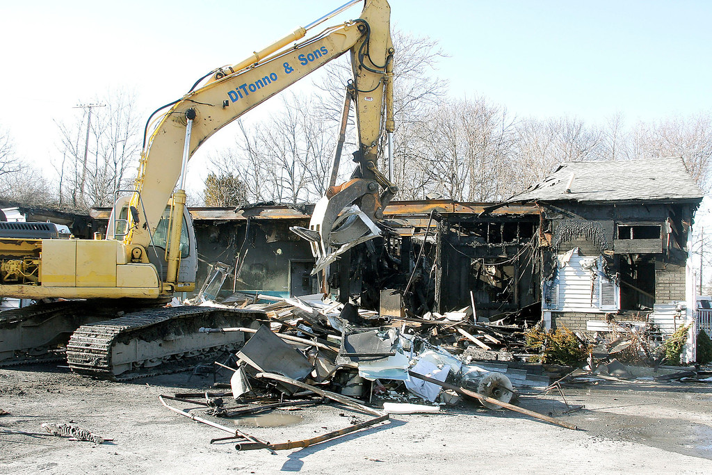 . Mike McMahon - The Record, Matt\'s Fish Fry was demolished after a early morning fire Wednesday morning, Tuesday March 30, 2014