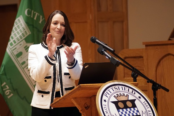 BEN GARVER — THE BERKSHIRE EAGLE<br /> Pittsfield Mayor Linda Tyer applauds the bravery of  Lt. Michael D'Avella and  firefighter Jarrett Robitaille for their heroism in the Tahiti Takeout fire during her 2018 State of the City Address at Zion Lutheran Church, Monday, January 8.