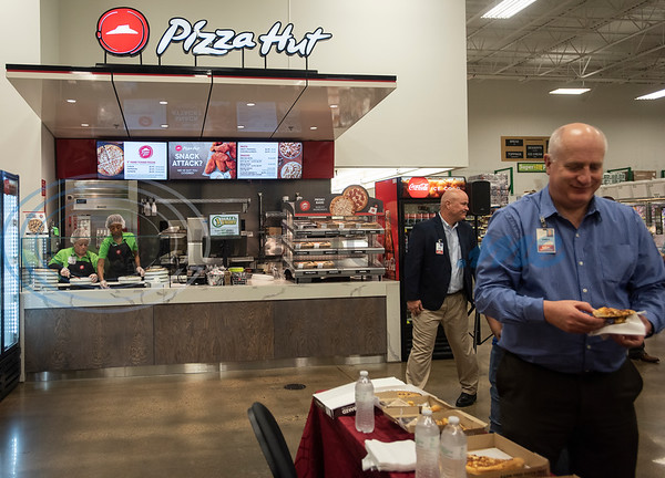The new Pizza Hut kiosk inside of Super 1 Foods, 3828 Troup Hwy. in Tyler, Texas opens on Monday, Nov. 25, 2019. Pizza Hut's first grocery store kiosks are open daily from 11 a.m. to 7 p.m. and offer a menu that includes personal pizzas, pastas, hot wings, ultimate Hershey's chocolate chip cookies, and parmesan and pretzel bites. The second Pizza Hut kiosk location in Tyler is at Brookshires, 2734 E. Fifth Street.  (Sarah A. Miller/Tyler Morning Telegraph)