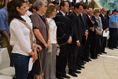 Israelis united with Americans today in a minute of silence  mourning the victims of 9/11 and marking a decade since the attacks. Jerusalem, Israel. 11/09/2011.
