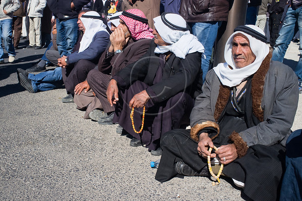 Thousands of Bedouins demonstrate opposite the Prime Minister's Office protesting the implementation of the Prawer Plan, suggesting relocation of 30,000 Bedouins from unrecognized villages in the Negev Desert into state planned towns.   Jerusalem, Israel. 11th December 2011.