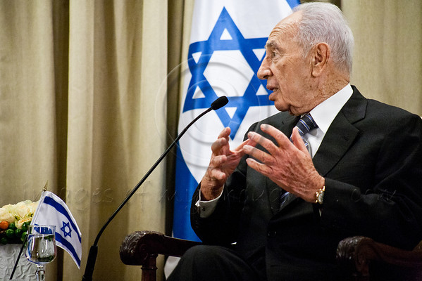 Israeli President Shimon Peres makes a statement at beginning of work meeting with Italian PM Mario Monti at the President's Residence. Jerusalem, Israel. 25 October 2012.<br /> <br /> President Shimon Peres hosts Italian Prime Minister Mario Monti at the President's Residence for a work meeting at which they will discuss ways to strengthen the bilateral relations and the latest developments in the region.