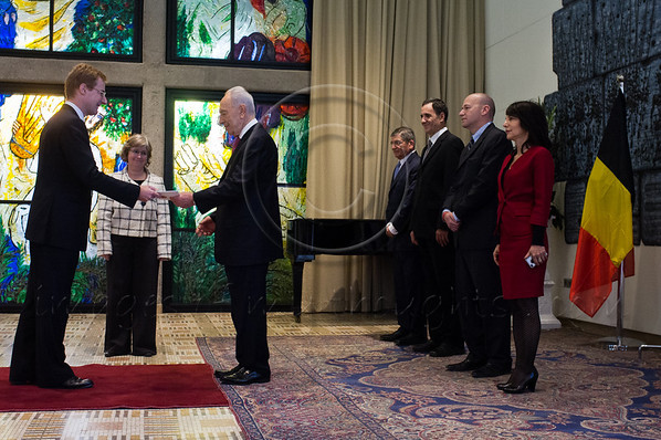 Count John Cornet d'Elzius, newly appointed Belgian Ambassador to Israel, presents his Letter of Credence to the President of the State of Israel, Shimon Peres, in a formal ceremony at the President's Residence. Jerusalem, Israel. 4-Dec-2012.