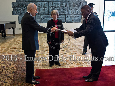 Mr. Sisa Ngombane, newly appointed Republic of South Africa Ambassador to Israel, presented his Letter of Credence to the President of the State of Israel, Shimon Peres, in a formal ceremony at the President's Residence. Jerusalem, Israel. 28-Feb-2013.