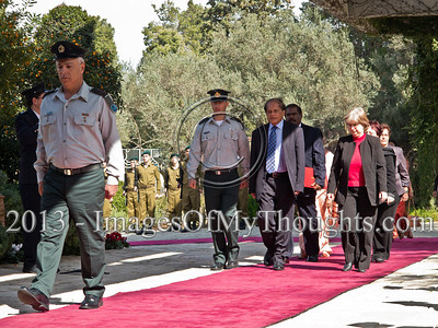 Mr. Sarath Devesena Wijesinghe, newly appointed Democratic Socialist Republic of Sri Lanka Ambassador to Israel, is welcomed at the President's Residence with a military honor guard. Jerusalem, Israel. 28-Feb-2013.  Mr. Sarath Devesena Wijesinghe, newly appointed Democratic Socialist Republic of Sri Lanka Ambassador to Israel, presents his Letter of Credence to the President of the State of Israel, Shimon Peres, in a formal ceremony at the President's Residence.