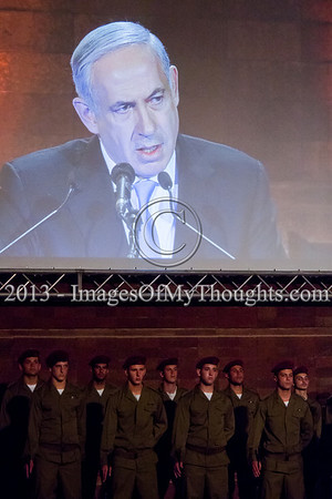 Israel commemorates Holocaust Martyrs' and Heroes' Remembrance Day