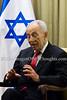 Israeli President Peres hosts German Foreign Minister