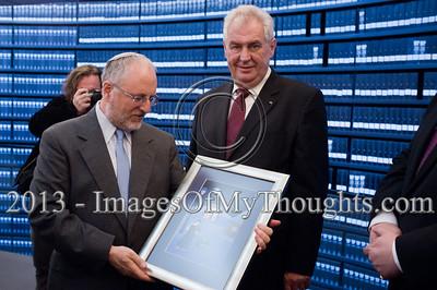 President of the Czech Republic visits Jerusalem's Yad Vashem