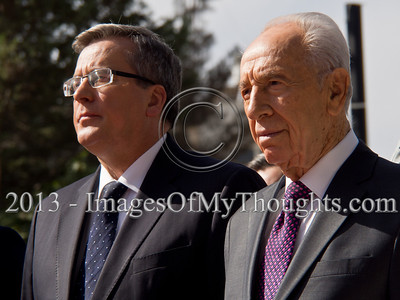 Peres Hosts Official State Welcome for Polish Bronislaw Komorowski