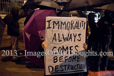'Black Umbrellas March' Against Palestinian Prisoners Release