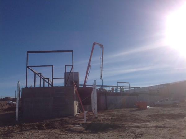 Crews pour concrete for the top floor of the Rangeland Complex laboratory building Jan. 22. (Courtesy photo)