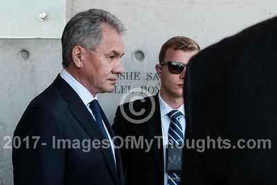 Russian Minister of Defense Visits Israel
