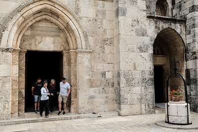 French Consul Visits Assets in Jerusalem