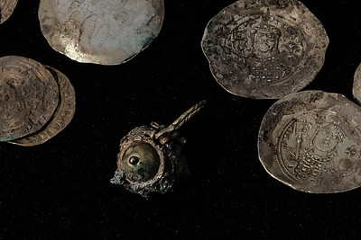 Gold Coins and Earring Discovered at Caesarea, Israel