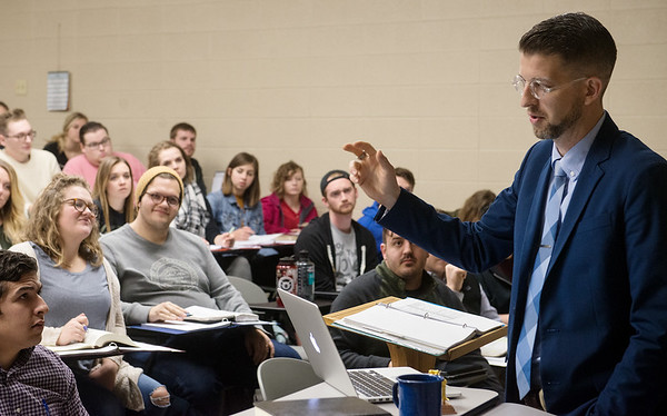Globe/Roger Nomer<br /> Michael DeFazio, professor of New Testament and Bible, leads a class on Romans on Thursday at Ozark Christian College.