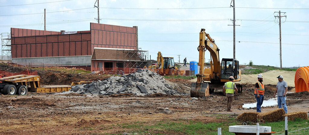 Crews continue construction of a new Wal-Mart Neighborhood Market near 24th and Maiden Lane streets on Thursday afternoon. Globe | Laurie Sisk