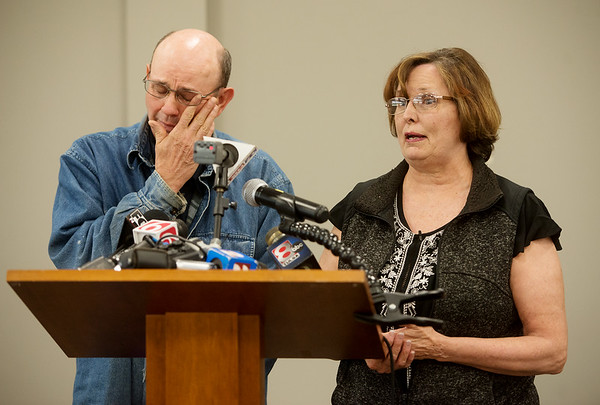 Jay and Lorene Bible talk about their desire to bring their daughter Lauria's body home during a press conference in Vinita on Monday afternoon.<br /> Globe | Roger Nomer
