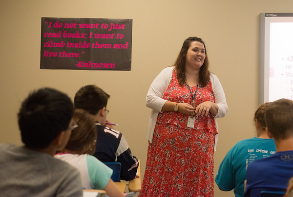 Globe/Roger Nomer<br /> Victoria Robertson teaches her English class at East Newton Elementary on Tuesday.