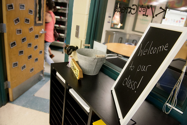 Globe/Roger Nomer<br /> A sign in Jennifer Daniels' classroom welcomes students to the new location for Goodman Elementary during Monday's open house.