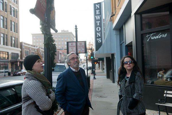 Globe/Roger Nomer<br /> (from left) Lori Haun, president of the board of directors of the Downtown Joplin Alliance, Donovan Rypkema, principal of Place Economics, and Callie Hudson, executive director of the Downtown Joplin Alliance, take a tour on Tuesday of downtown Joplin.