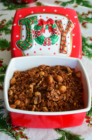 Globe/Juliana Goodwin<br /> Cinnamon Date Walnut Granola makes a great gift for someone on the go or a friend who leads a healthier lifestyle.