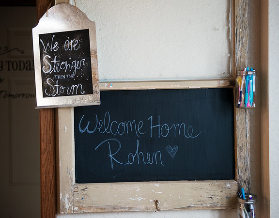 Globe/Roger Nomer<br /> A sign welcomes home Rohen Reeves.