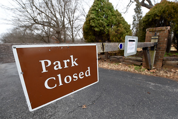The gates at George Washington Carver National Monument remain closed on Wednesday during the federal government shutdown.<br /> Globe | Laurie Sisk
