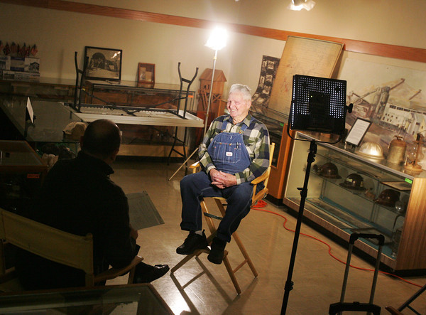 Globe/Roger Nomer<br /> Billie Crawford prepares for an interview with Tom Nast at the Dobson Museum on Monday.