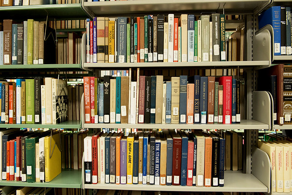 Books at Missouri Southern's Spiva Library.<br /> Globe | Roger Nomer