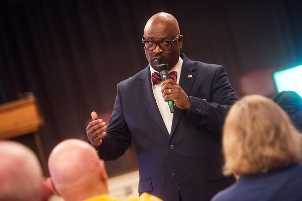 Kelvin Parks, director of Veterans Health Care System of the Ozarks, talks during a town hall meeting on Monday in Fayetteville.<br /> Globe | Roger Nomer