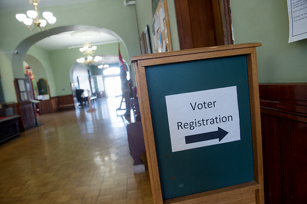 Voter registration is currently available at the Jasper County Courthouse in Carthage.<br /> Globe | Roger Nomer
