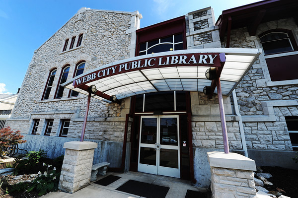 Globe/T. Rob Brown<br /> The newer east entrance Wednesday afternoon, July 3, 2013, at the Webb City Public Library.