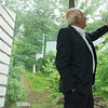 Globe/Roger Nomer<br /> Architect Moshe Safdie talks about the texture of the exterior walls of the Crystal Bridges Museum during a tour on Wednesday afternoon.