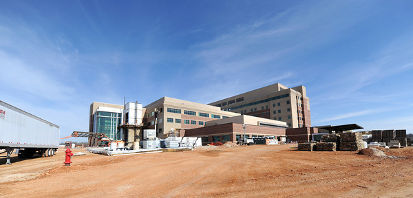 Construction continues Thursday on the south side of the new Mercy Hospital 100-acre campus. <br /> Globe | Laurie Sisk