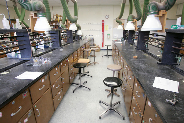 Globe/Roger Nomer<br /> Missouri Southern officials hope to update labs like this organic chemistry one at Reynolds Hall.