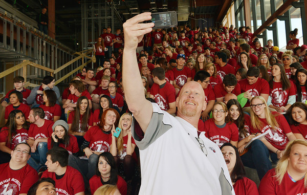 Globe/Roger Nomer<br /> Dan Hueller, assistant principal for the Joplin High senior class, poses for a selfie with the class during a visit to the new Joplin High School on Friday.