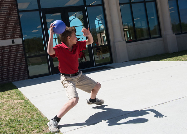 Globe/Roger Nomer<br /> St. Mary's Elementary fifth grader Joe Staton plays during Physical Education on Thursday, April 14.