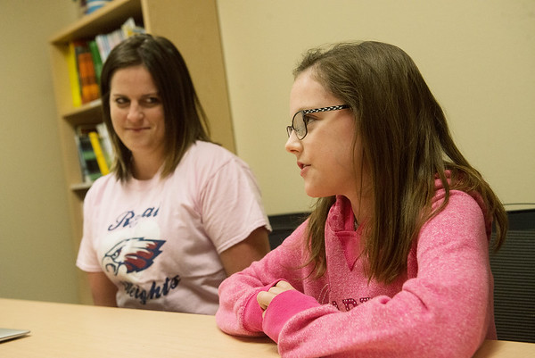 Globe/Roger Nomer<br /> Breklyn Shelley, a fifth grader at Royal Heights Elementary, and her teacher Brianna Chaffin talks about her water project during an interview on Friday.