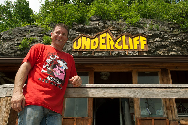 The Undercliff owner, Brad Ezell, on Wednesday stands outside the popular restaurant he is remodeling and plans to open in Tipton Ford.<br /> Globe | Laurie Sisk
