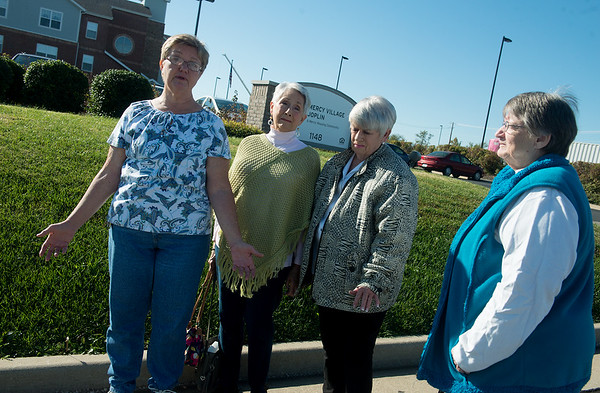 Globe/Roger Nomer<br /> (from left) Linda Hopper, Regina Bullen, Jane Bryson and Olive Morris talk about their difficulties with bedbugs at Mercy Village on Tuesday.