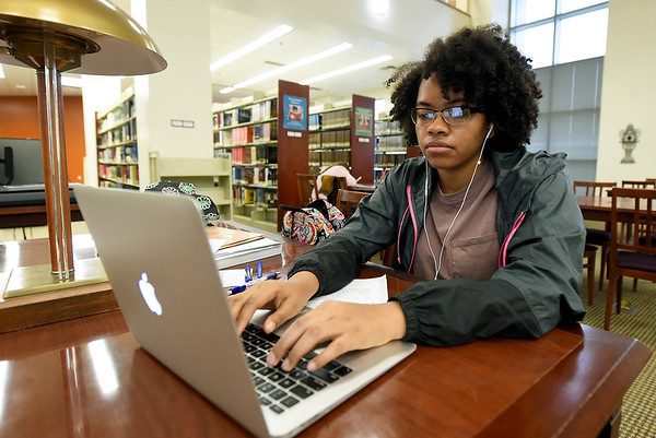 Missouri Southern junior Shania Hardin, of Portageville, studies for her Environmental Health class on Wednesday at the George A. Spiva Library.<br /> Globe | Laurie Sisk