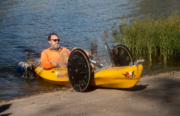 Randy Ridings pedals his quadyak out of Kellogg Lake on Monday afternoon.<br /> Globe   Roger Nomer